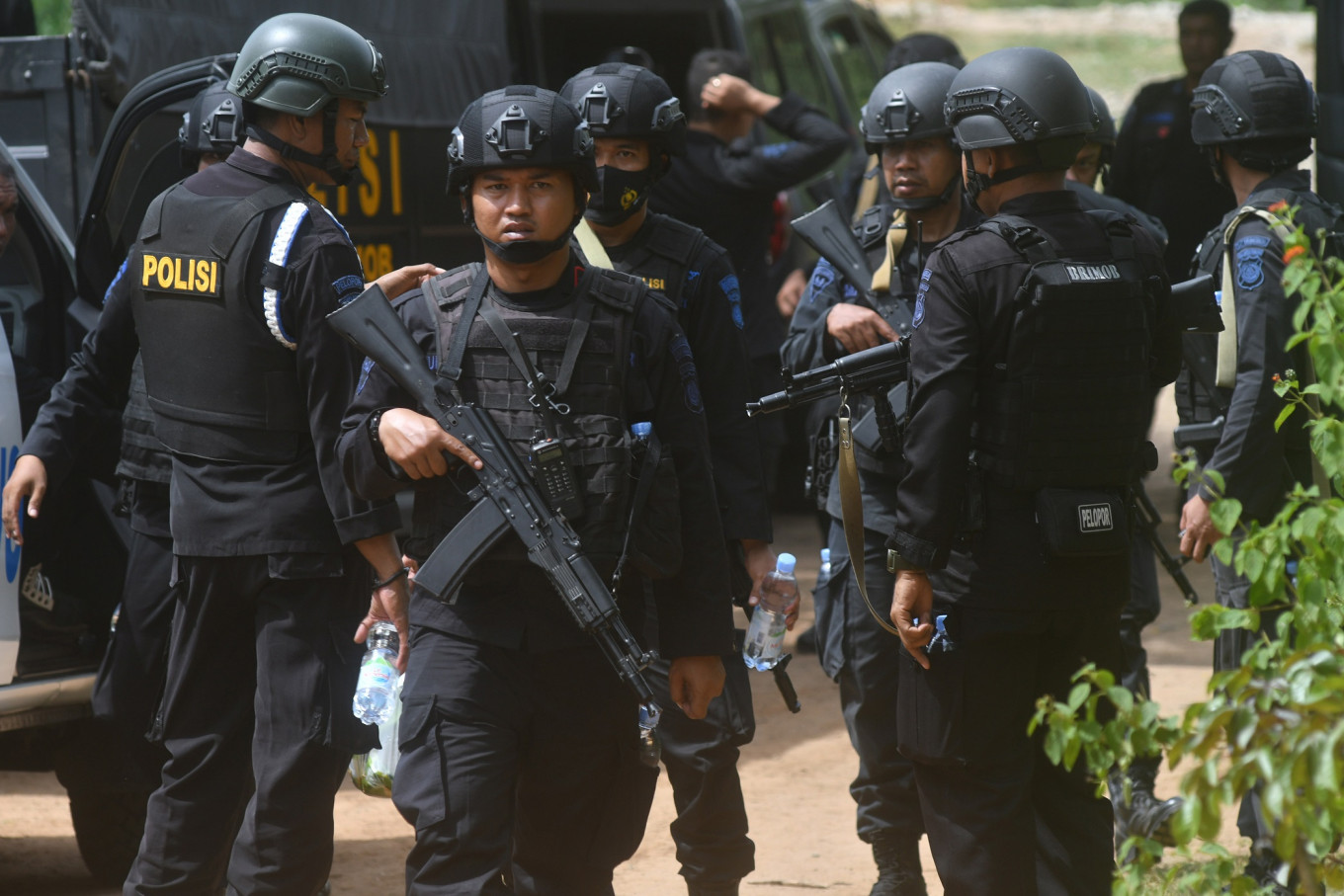 Densus 88 arrests another Bali bombing fugitive