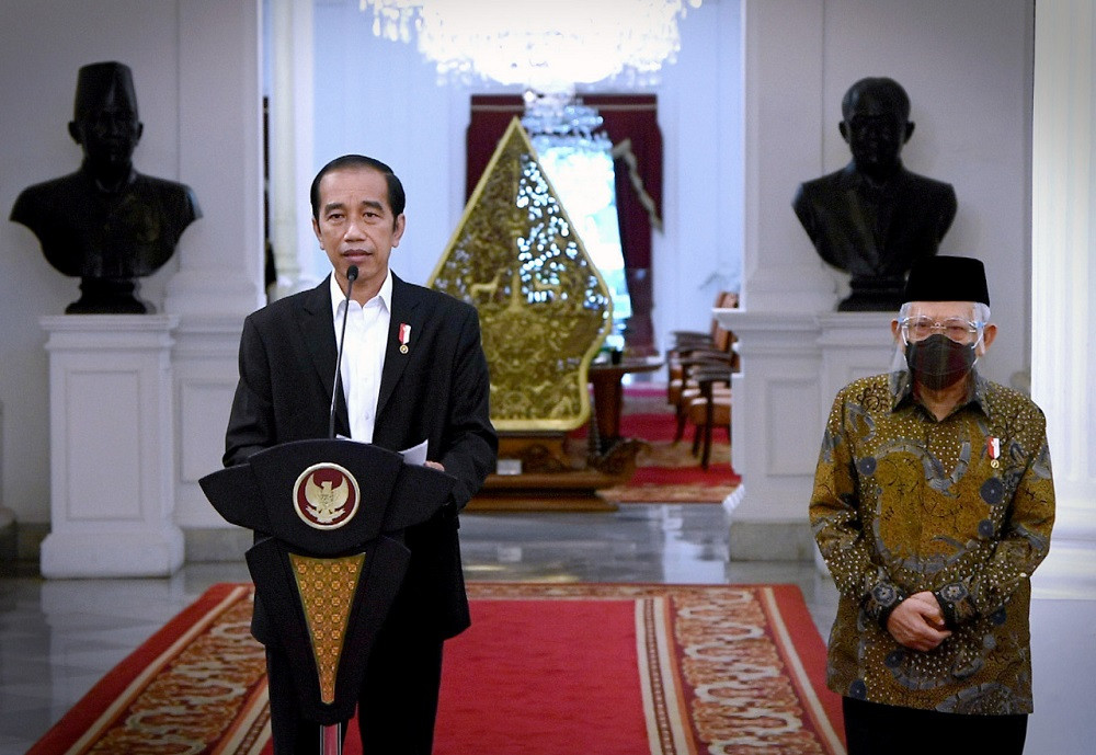 Jokowi calls for patience as schools remain closed amid virus concerns