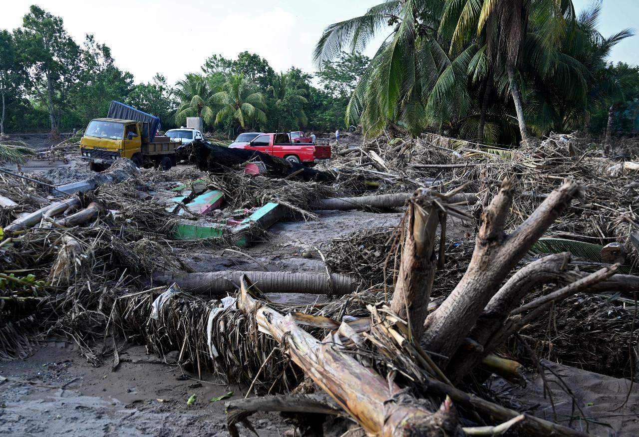 Hurricane Iota bears down on storm-battered Central America