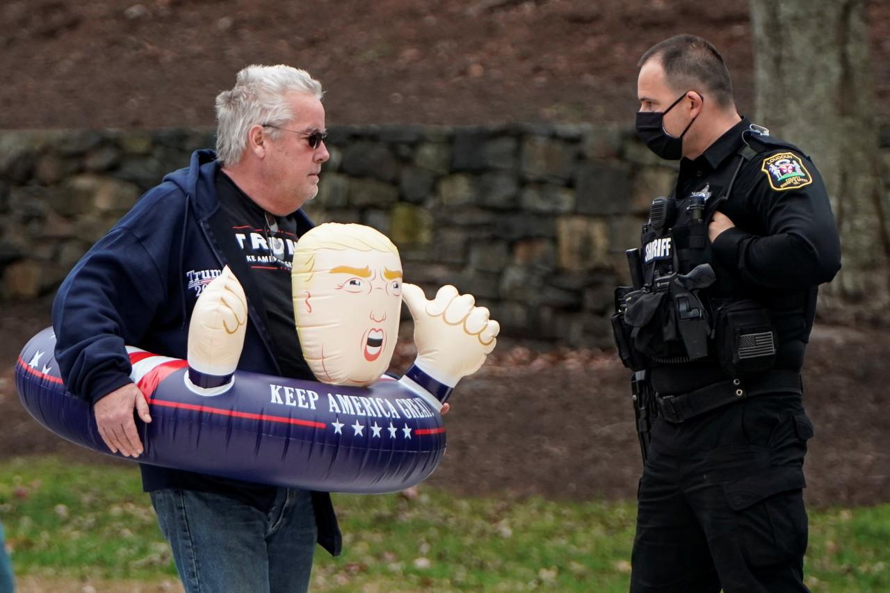 Trump bid to overturn election stumbles as judge tosses Pennsylvania lawsuit