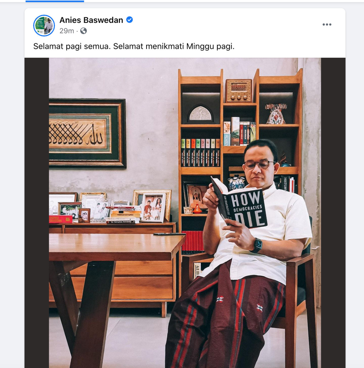 Photo of Anies reading 'How Democracies Die' fuels speculation on governor's views