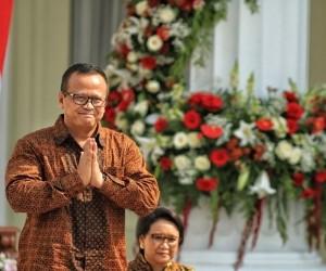 KPK arrests Minister Edhy Prabowo in lobster seed export case