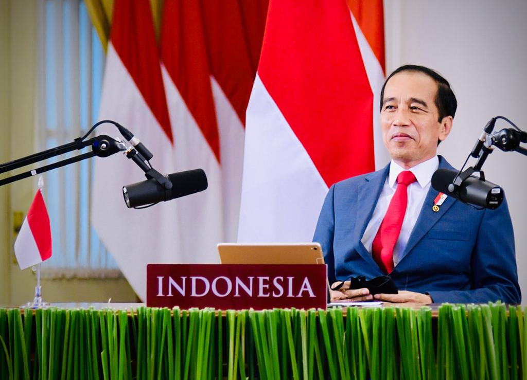 Jokowi promotes omnibus law to global business leaders in special WEF dialogue