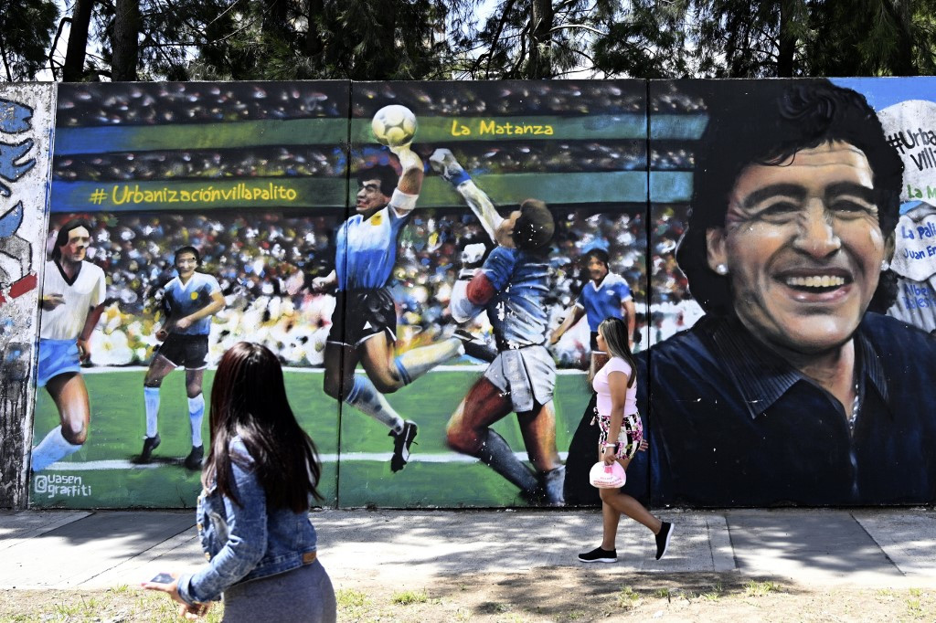 Maradona cleverly disguised 'Hand of God' goal, says Shilton
