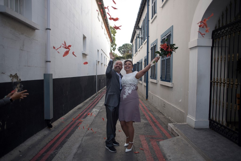 Foreigners flock to Gibraltar to wed during pandemic