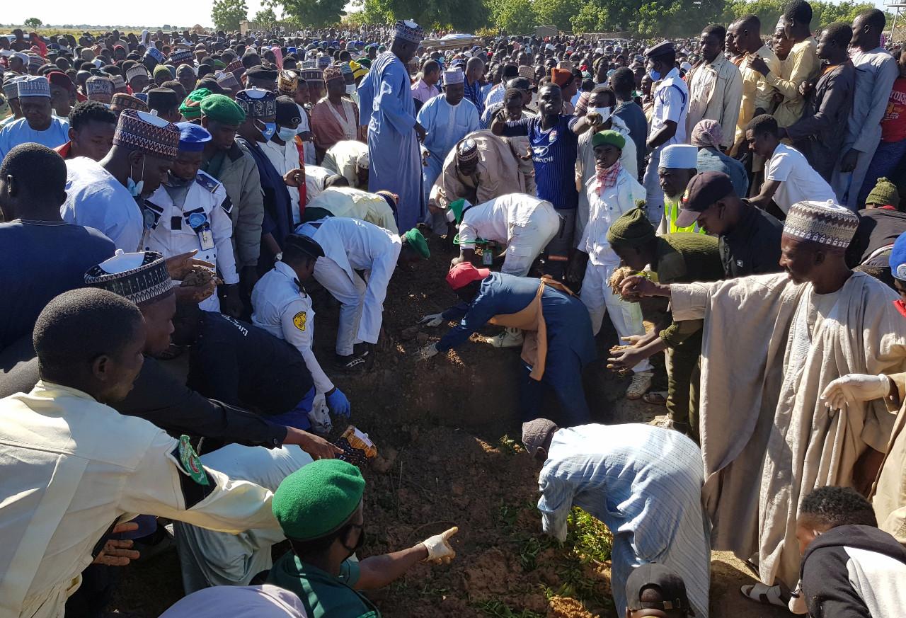 Nigeria returns 3,000 displaced after jihadist violence