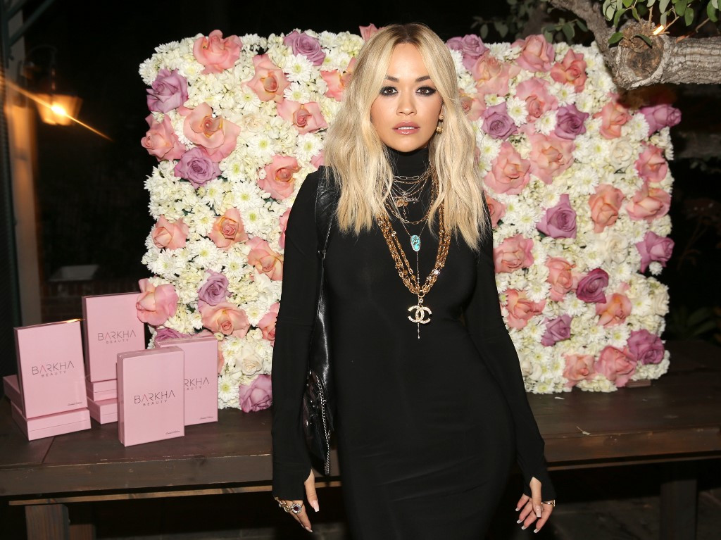 Pop star Rita Ora'embarrassed after breaking London lockdown