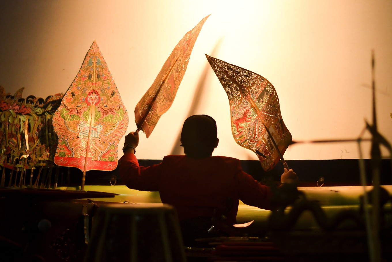 Wayang show, orchestra concert for a virus-safe weekend
