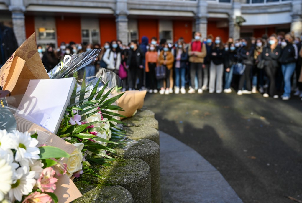 Transgender pupil's suicide unites France school