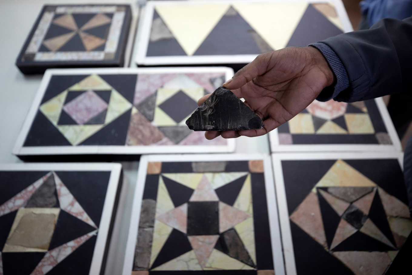 Archeologists recreate tiles of temple where Jesus walked
