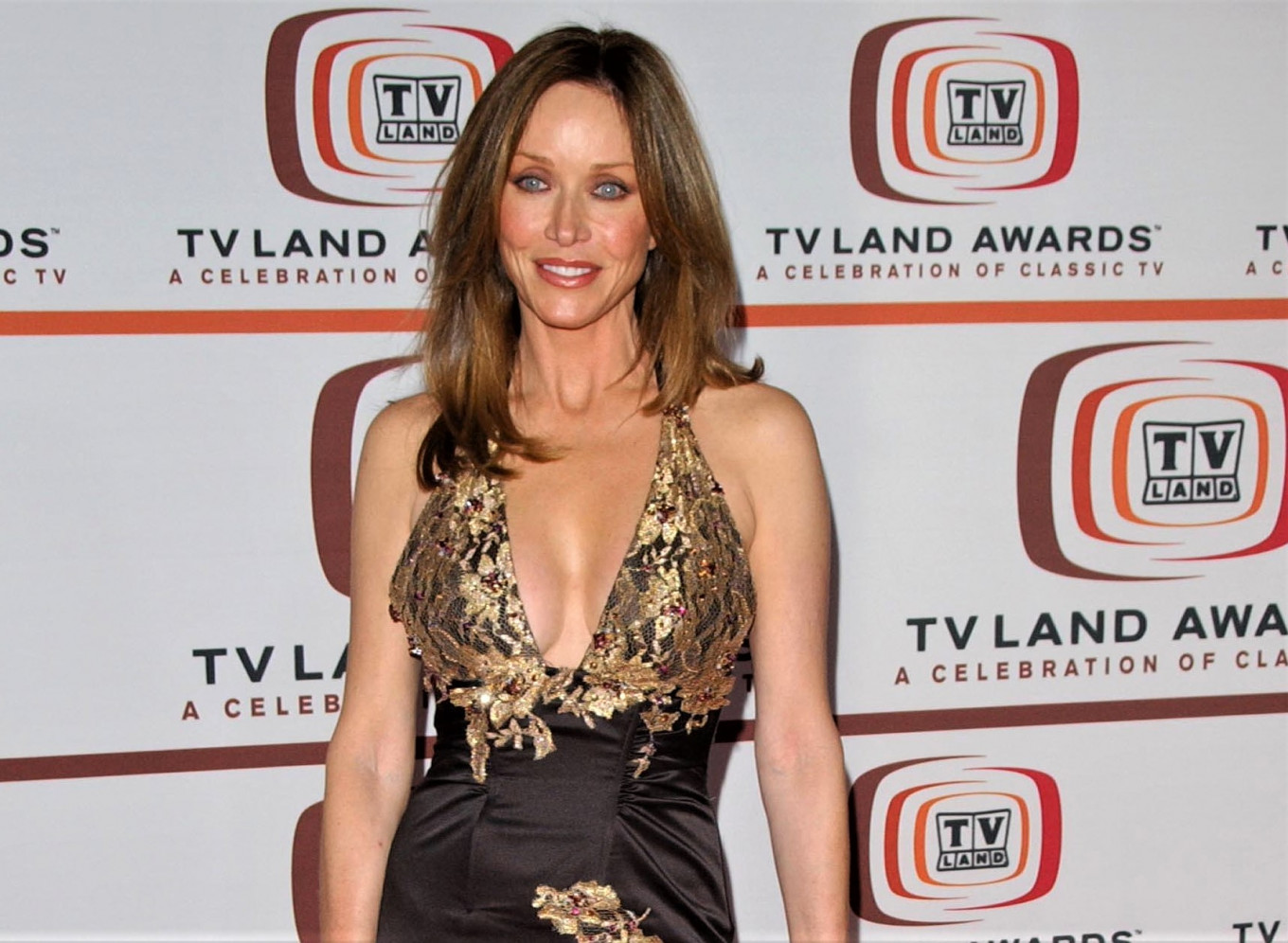 Former 'Bond girl' Tanya Roberts dies of infection