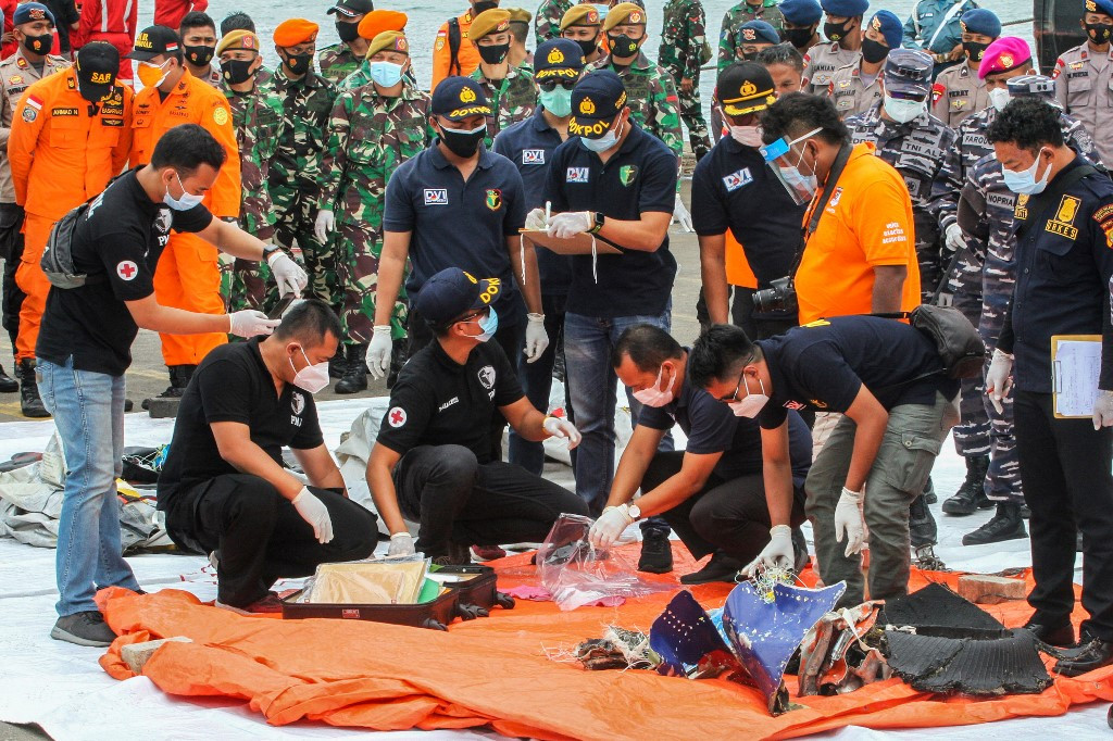 Rescuers find human remains after deadly Sriwijaya Air crash