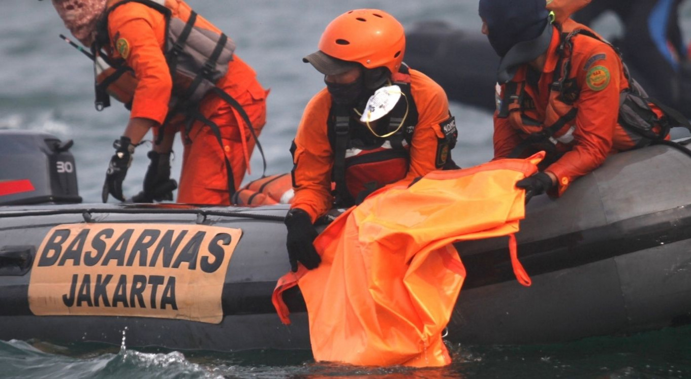 Authorities locate black boxes from downed Sriwijaya Air plane