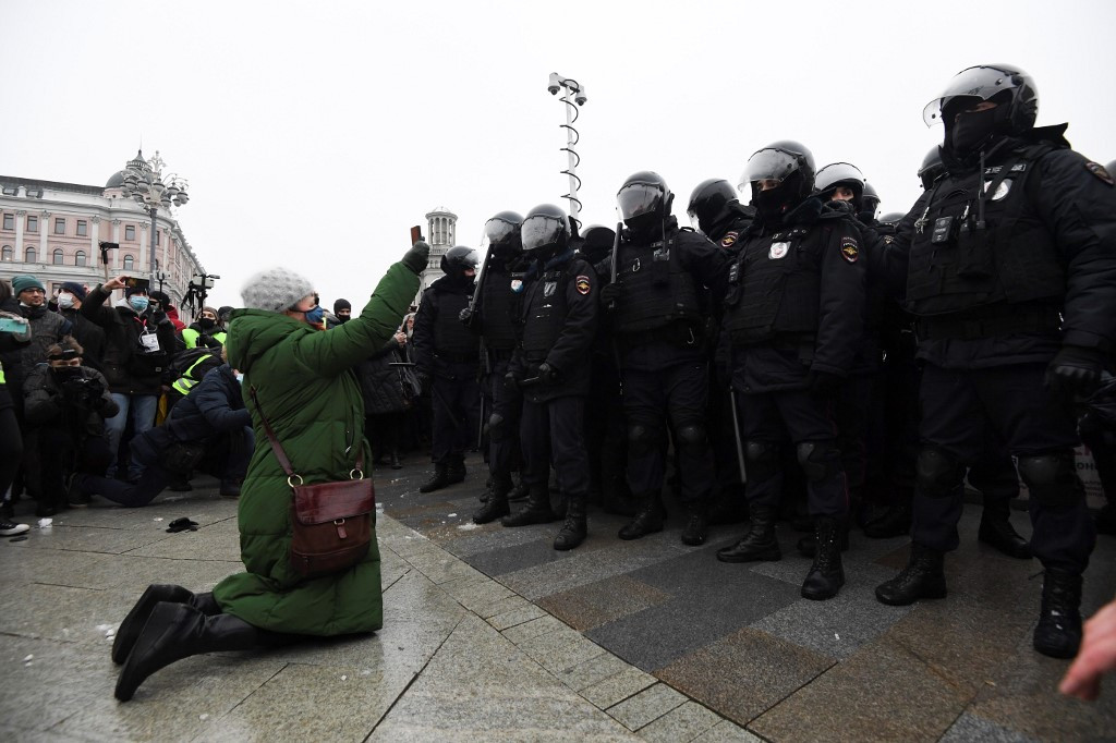 Hundreds arrested after pro-Navalny protest in Russia