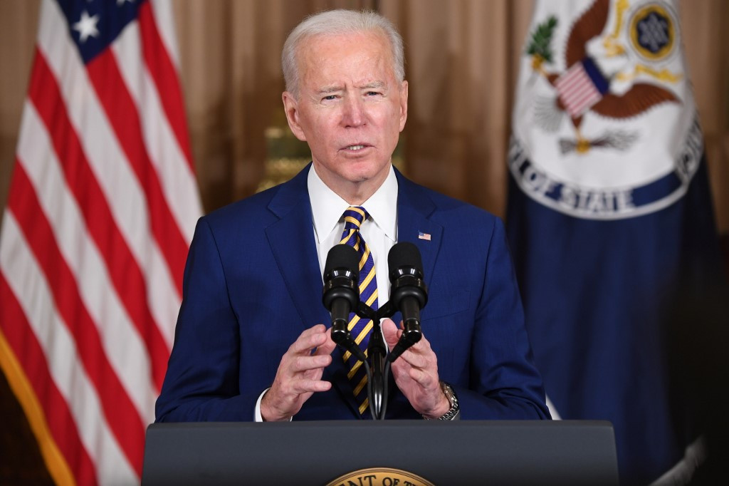Biden ends support for Saudi Arabia's war in Yemen