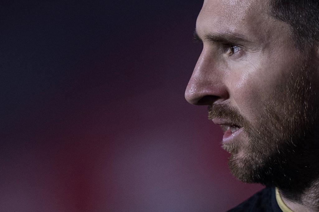 Messi leads Barcelona comeback against Betis