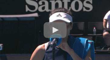 Australian Open: Hsieh checks interviewer's gaffe with witty charm