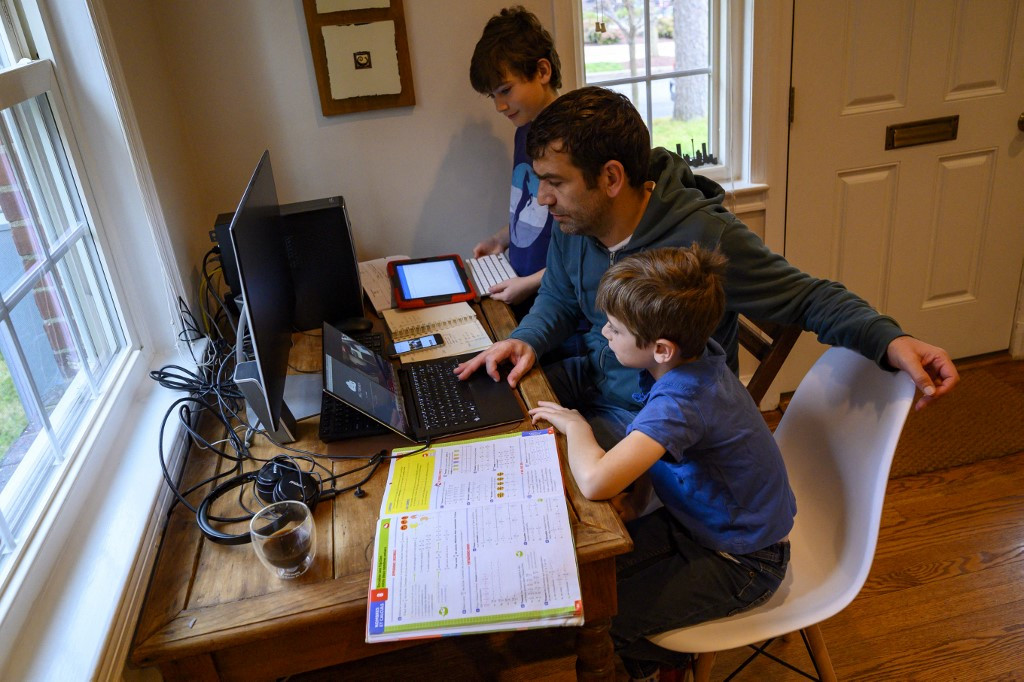 Homeschooling taking off in US as pandemic shutters schools