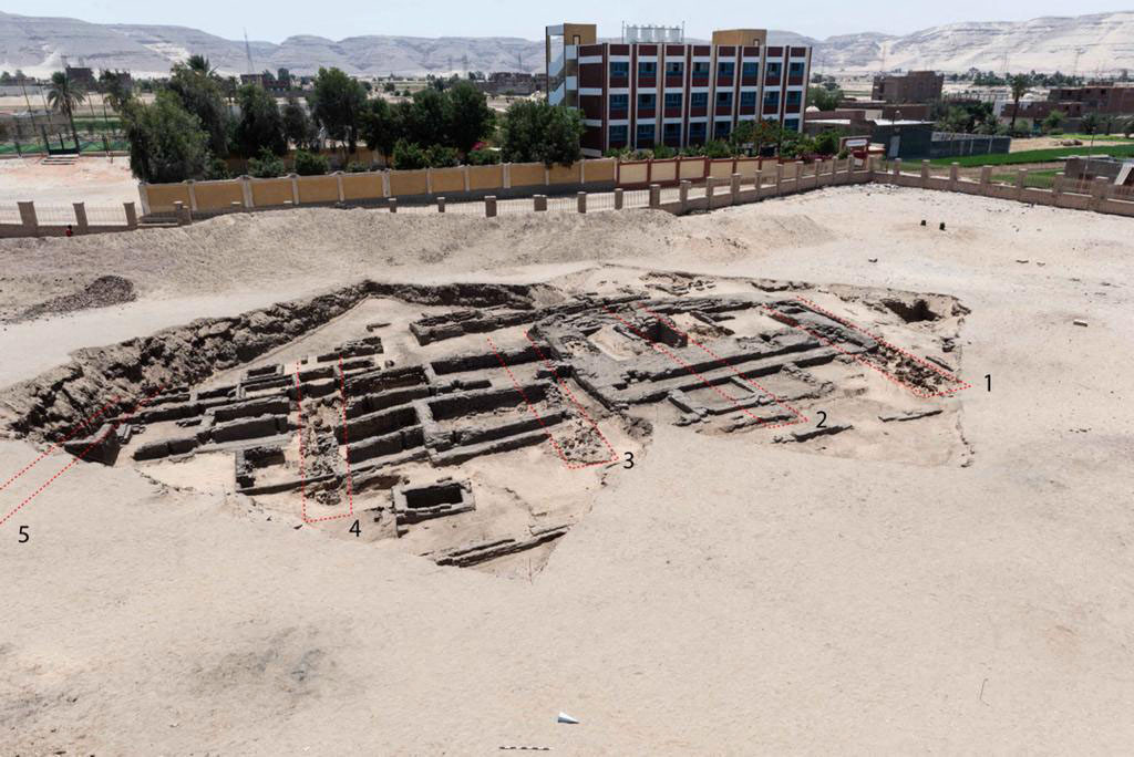 Egypt unearths 'world's oldest' mass-production brewery