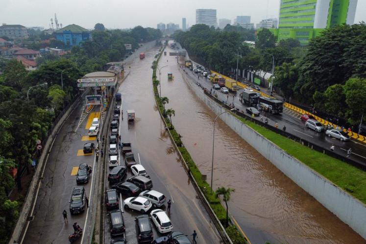 Poor river restoration blamed for Jakarta's floods