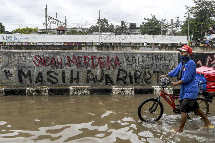 Jakarta to open access to flood mitigation data following commission's ruling