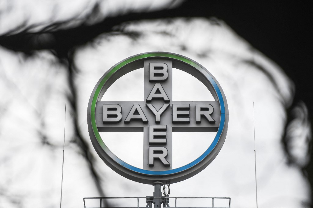 Bayer posts 10.5 bn euro loss in 2020 on weed-killer legal woes