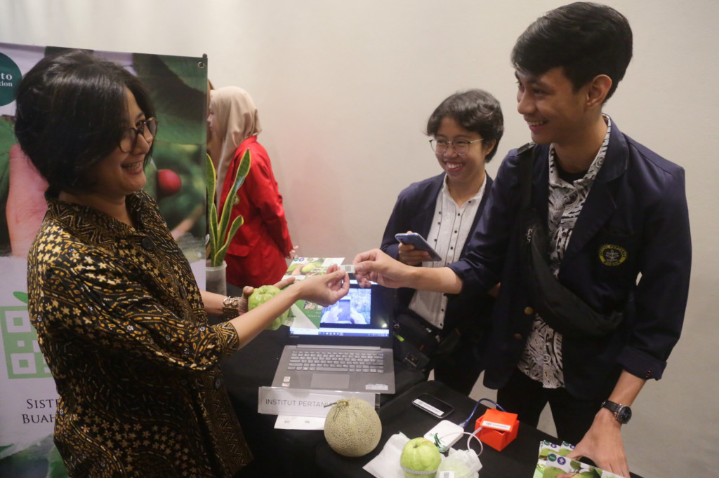 Tanoto Foundation supports innovations by student researchers with annual contest