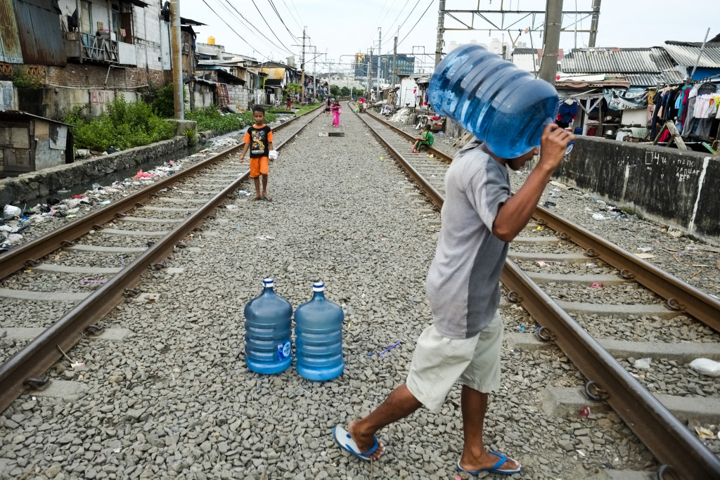Thousands in Indonesia sign petition urging warning label for toxic chemical in water containers
