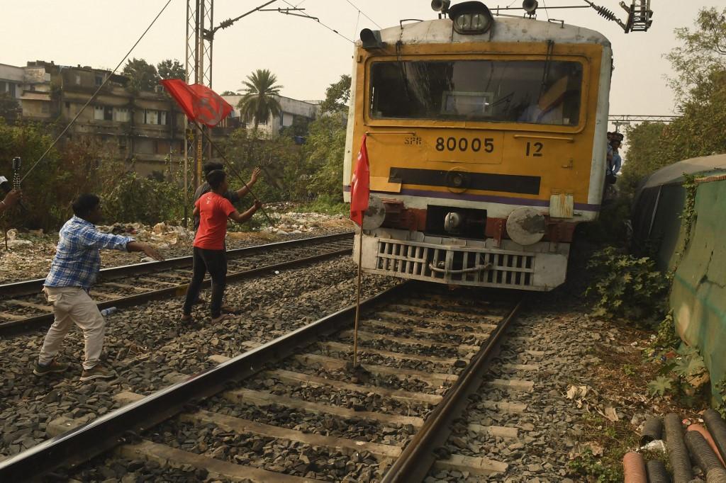 Indian passenger train 'rolls backwards for 35 kilometers'
