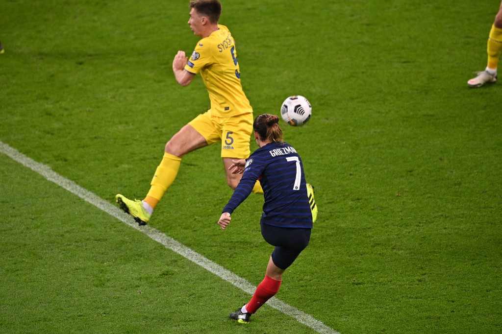 Griezmann on target but holders France draw with Ukraine in World Cup qualifying