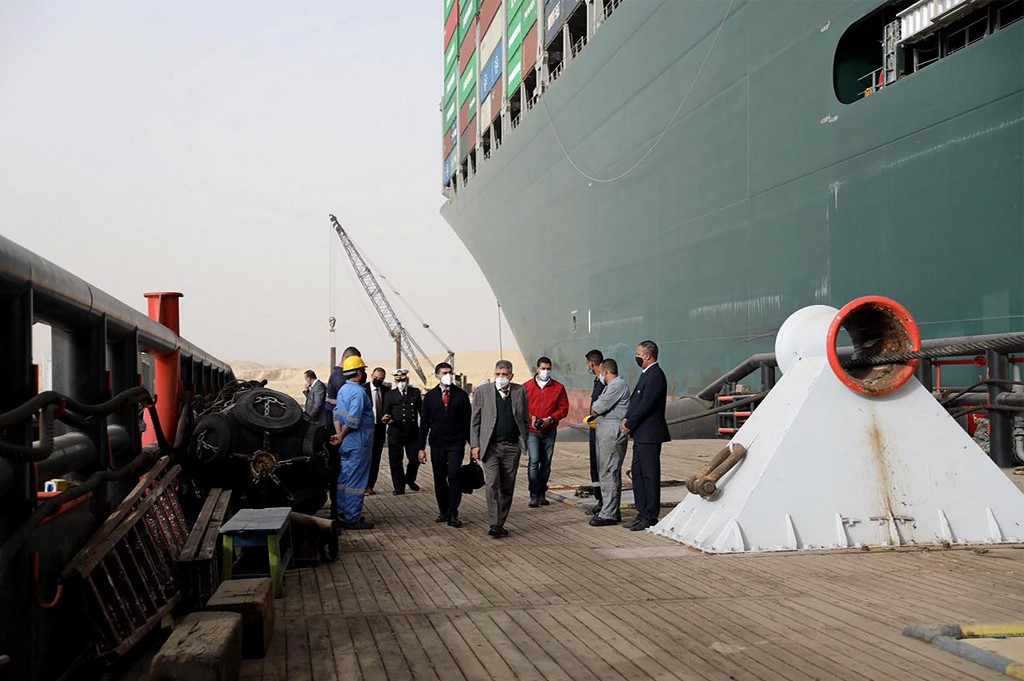 Dutch salvage firm says Suez ship move could take 'weeks'