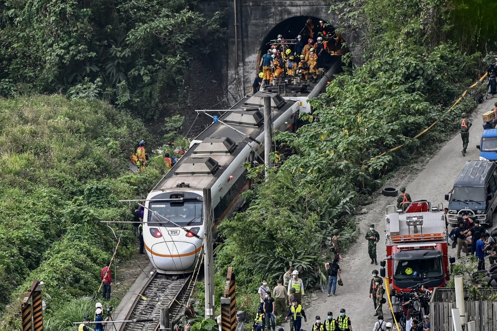 Taiwanese man involved in deadly train derailment released on bail