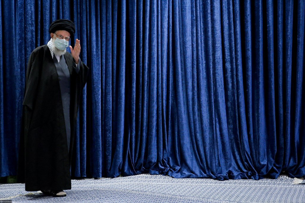 US joins talks aimed at salvaging Iran nuclear deal