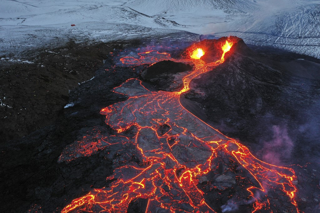 Iceland volcano unleashes third lava stream