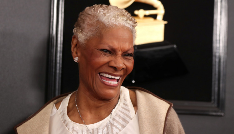 Queen of Twitter: Dionne Warwick uses her voice on social media