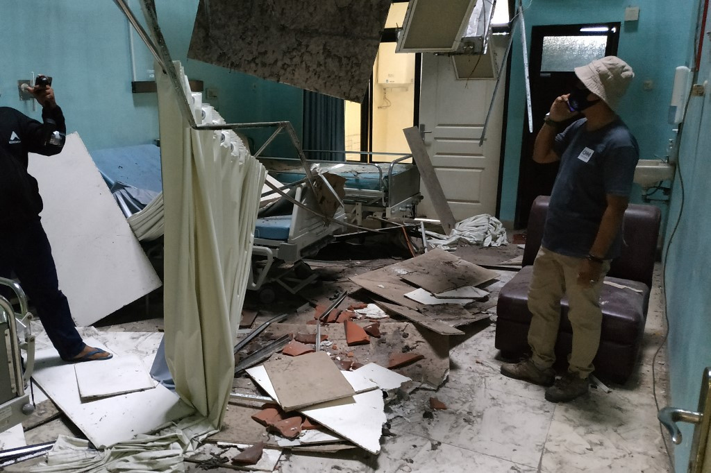 One killed in East Java's magnitude 5.9 quake