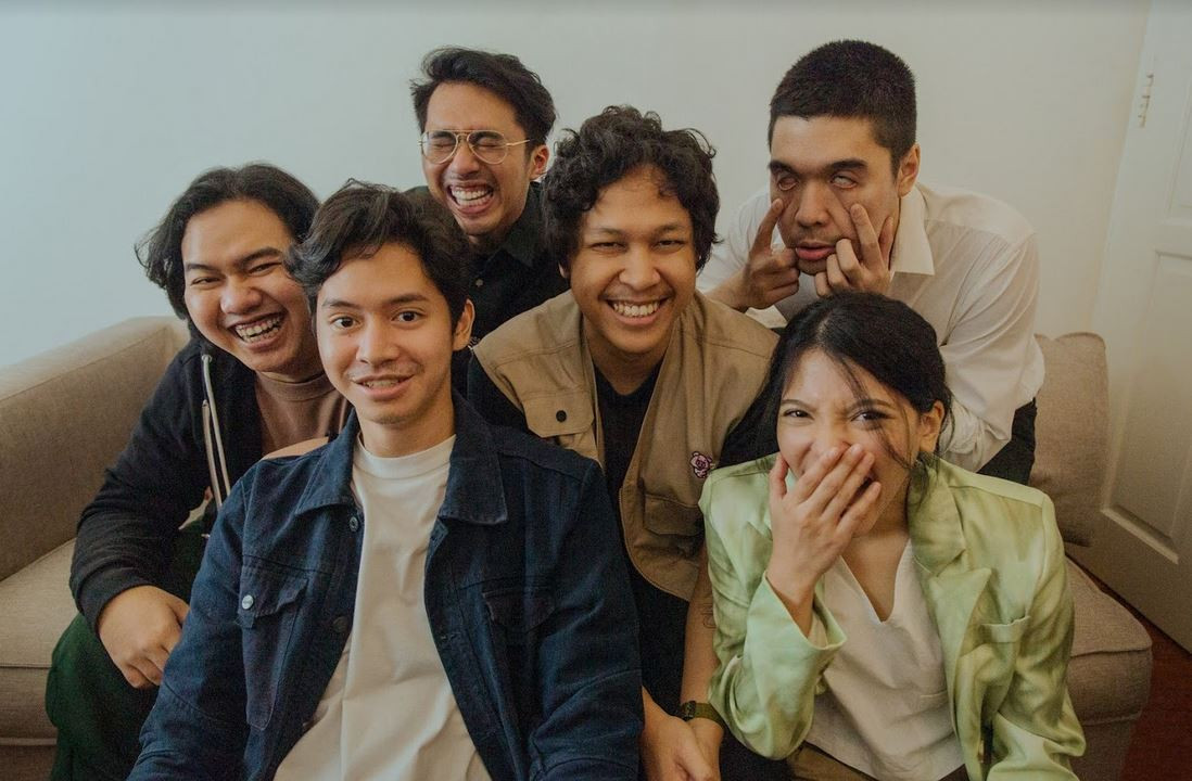 'World's fanciest prison': Lomba Sihir debuts with 'magical' rendition of Jakarta's bittersweet realities