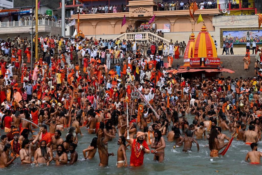 Hundreds test positive for Covid-19 at India religious festival - World -  The Jakarta Post