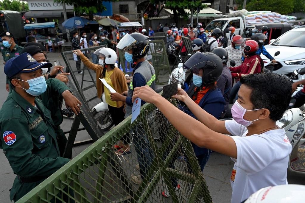 Cambodia locks down Phnom Penh as coronavirus continues to spread