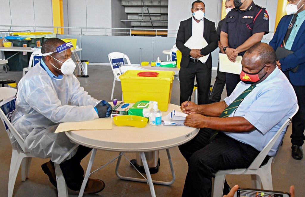 Virus-hit Papua New Guinea starts vaccine roll-out