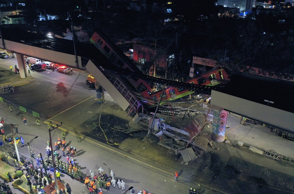 Death toll rises to 23 in Mexico metro collapse