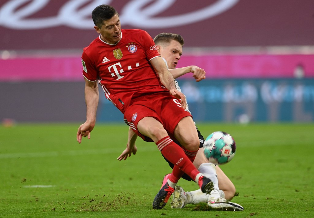 Lewandowski eyes 49-year-old Mueller record after hat-trick heroics